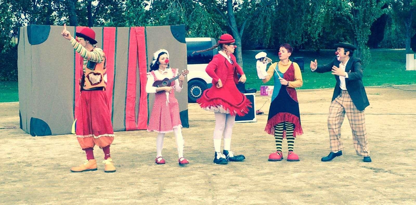 Contractar espectacles infantils per ajuntaments risi for Escoles de disseny d interiors a barcelona