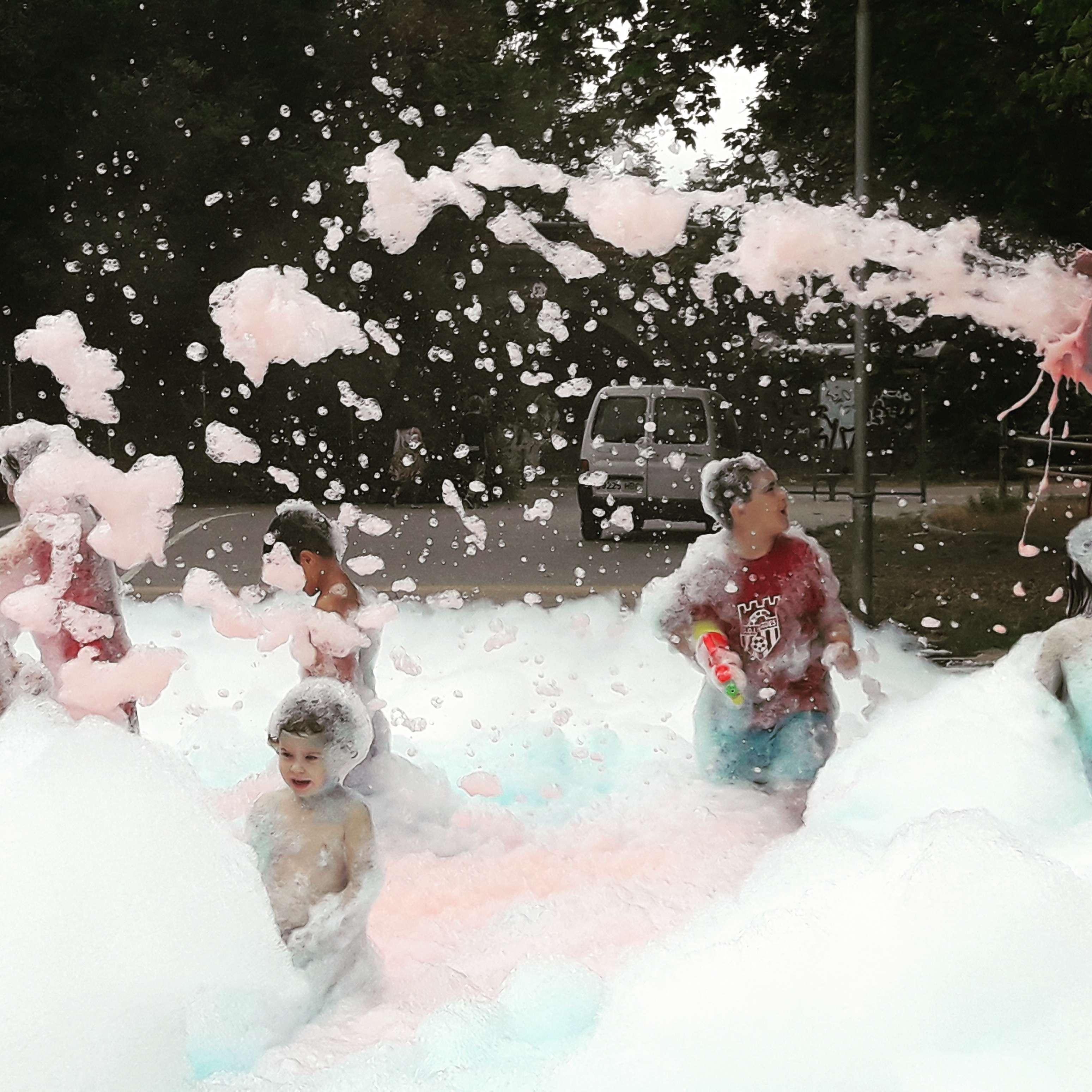 escuma per festes infantils