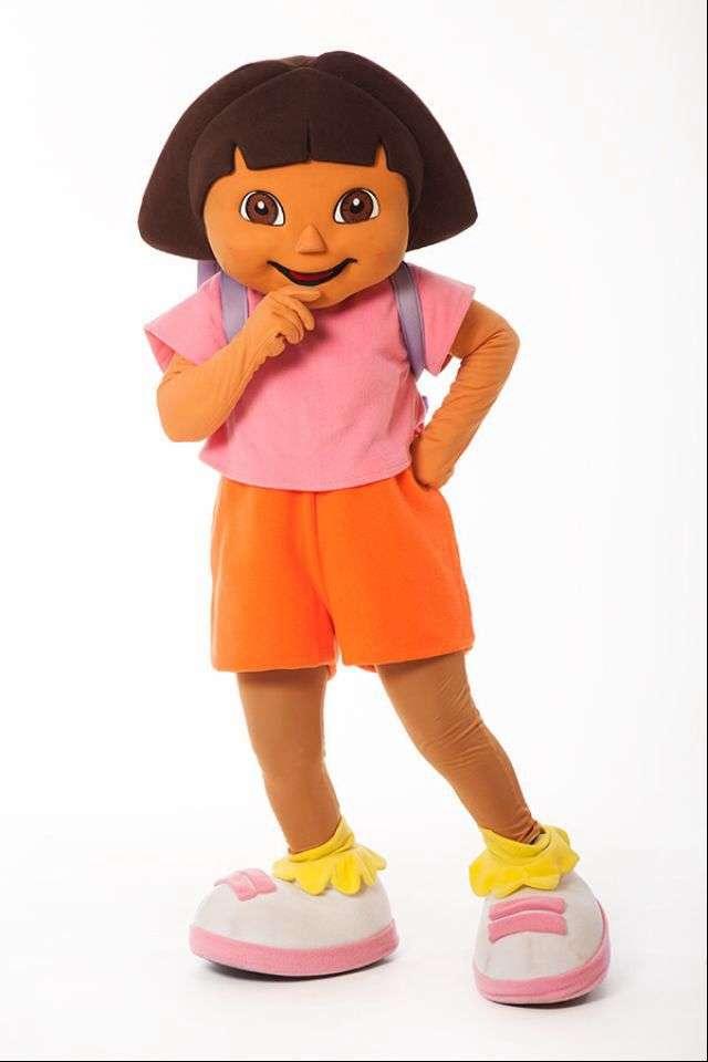 Contratar personajes cabezones para cumplea os infantiles for Disfraces cabezones