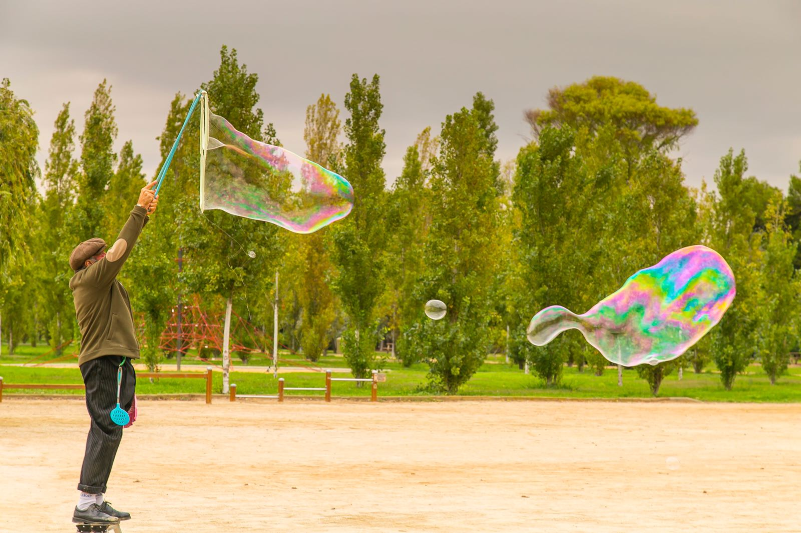 animación con burbujas gigantes en barcelona, show de burbujas, espectáculo con burbujas gigantes,