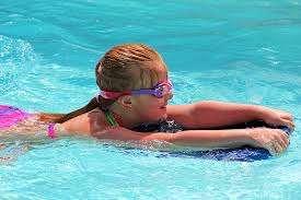 actividades para niños en verano, casal de verano barcelona, casal urbano barcelona, canguro para niños, monitores para niños, canguros de niños para el verano, actividades para niños durante las vacaciones escolares