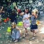 bombolles gegants, bombolles de sabo, aniversaris amb bombolles de sabo, burbujas gigantes barcelona, animacio per festes infantils amb bombolles
