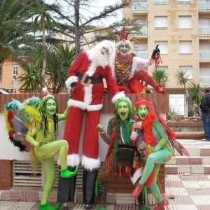 animaciones para navidad, zancudos para fiestas, animadores para la fiesta de navidad, celebrar la navidad, espectáculos para discotecas, zancos para eventos, zancudos para eventos, celebrar la navidad en barcelona, contratar espectáculos para la fiesta de navidad, contratar espectáculos para navidad, fiestas en colegios, fiestas mayores